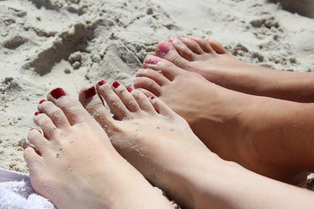 feet, girl, nail varnish